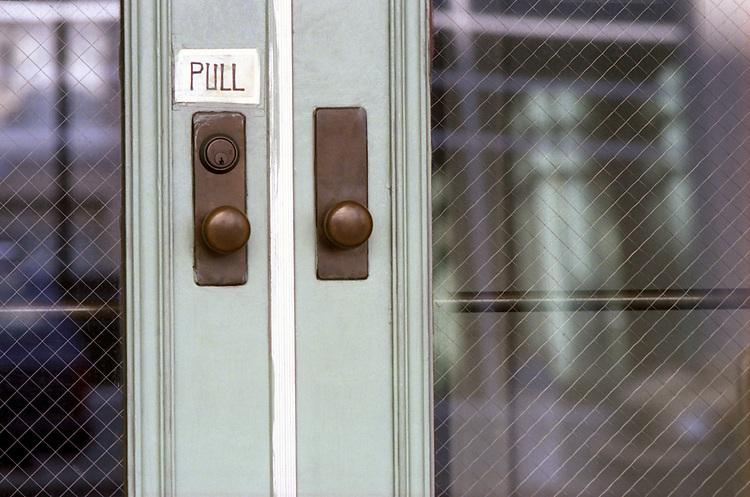 Left Door Pull