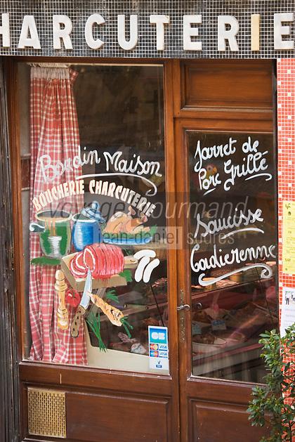 Europe/France/Provence-Alpes-Côte d'Azur/83/Var/La Cadière d'Azur: Vitrine d'une boucherie-charcuterie