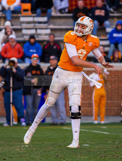Tennessee junior quarterback Tyler Bray throws the ball upfield. He had 293 passing yards and 4 touchdowns in the win over Kentucky in Knoxville, Tn., on Saturday, November, 24, 2012. Photo by James Holt | Staff
