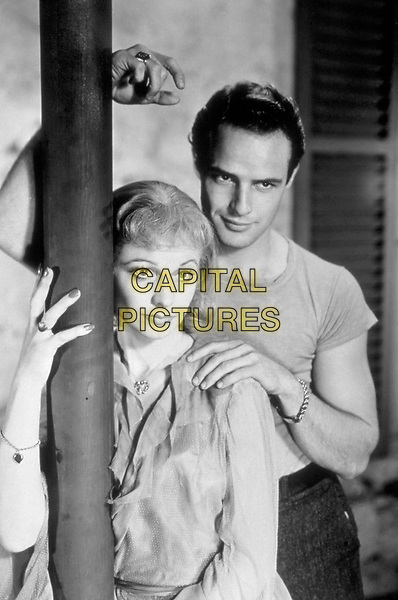VIVIEN LEIGH & MARLON BRANDO.in A Streetcar Named Desire.Filmstill - Editorial Use Only.Ref: FB.www.capitalpictures.com.sales@capitalpictures.com.Supplied by Capital Pictures