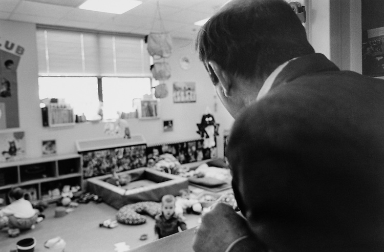 Rep. Wayne Gilchrest, R-Md., looking in on kids at the House Day Care during his tour of 501 C street south east on Oct. 17, 1995. (Photo by Maureen Keating/CQ Roll Call via Getty Images)