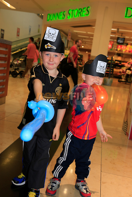 Cody and Rian McEnaney at the fun day in Scotch Hall.<br /> Picture:  Fran Caffrey www.newsfile.ie