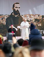 Pope Francis Talks a faithful in Pietrelcina: Pope Francis is on a pastoral visit in Pietrelcina and San Giovanni Rotondo today, on the 50th anniversary of the death of St Pio