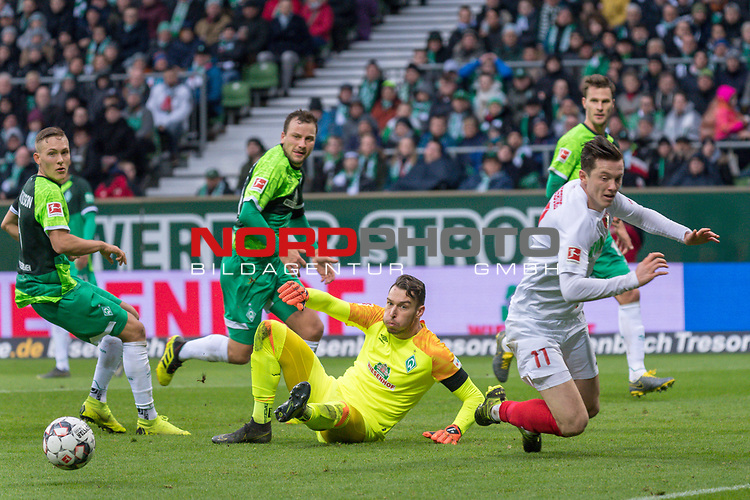 10.02.2019, Weser Stadion, Bremen, GER, 1.FBL, Werder Bremen vs FC Augsburg, <br /> <br /> DFL REGULATIONS PROHIBIT ANY USE OF PHOTOGRAPHS AS IMAGE SEQUENCES AND/OR QUASI-VIDEO.<br /> <br />  im Bild<br /> <br /> Ludwig Augustinsson (Werder Bremen #05)<br /> Michael Gregoritsch (FC Augsburg #11)<br /> Philipp Bargfrede (Werder Bremen #44)<br /> #Jiri Pavlenka (Werder Bremen #01)<br /> <br /> Foto © nordphoto / Kokenge