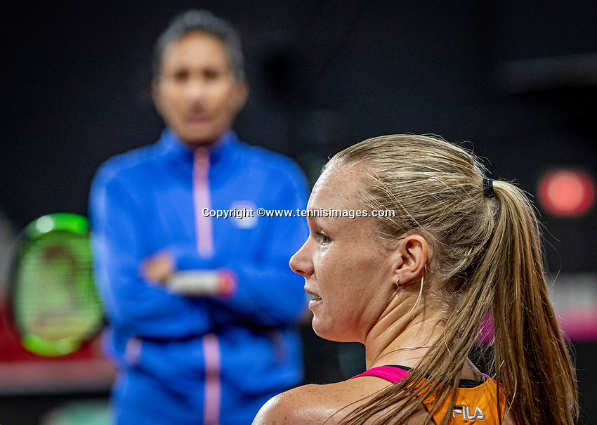 The Hague, The Netherlands, Februari 4, 2020,  Sportcampus , FedCup  Netherlands - Balarus, Dutch team practise, Kiki Bertens with her coach Elisa Tamaela<br /> Photo: Tennisimages/Henk Koster