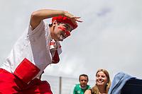 CURITIBA, PR, 26.03.2014 - CULTURA / FESTIVAL DE TEATRO -  Apresentação da peça teatral Qual é a graça, no inicio das apresentações da 23ª edição do festival de Teatro de Curitiba, na tarde desta quarta-feira(26). O festival conta com diversas  atrações até o dia 6 de abril são 35 espetáculos na Mostra e cerca de 400 companhias de 19 estados brasileiros e de quatro países e 11 mostras especiais, o Festival de Curitiba inclui o Guritiba - programação teatral para crianças -, Gastronomix - a quermesse de alta gastronomia -, Mish Mash - a mostra de variedades - e o Risorama - o festival de stand up comedy. Durante o periodo do festival,o evento ocupará 65 espaços, entre teatros, ruas, calçadões, parques e praças da cidade de Curitiba.  (Foto: Paulo Lisboa / Brazil Photo Press)