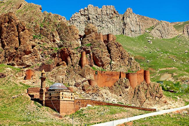 Ancient hill fort next to the  the Ishak Pasha Palace (Turkish: İshak Paşa Sarayı) ,  Ağrı province of eastern Turkey.