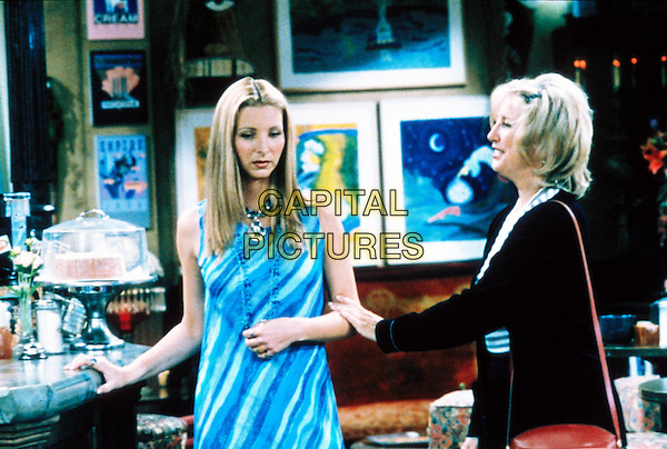 LISA KUDROW & TERI GARR.in Friends.Year 4.Filmstill - Editorial Use Only.Ref: FBAW.www.capitalpictures.com.sales@capitalpictures.com.Supplied By Capital Pictures.