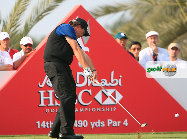 Phil Mickelson tees off on the 14th tee during Thusday Day 1 of the Abu Dhabi HSBC Golf Championship, 20th January 2011..(Picture Eoin Clarke/www.golffile.ie)