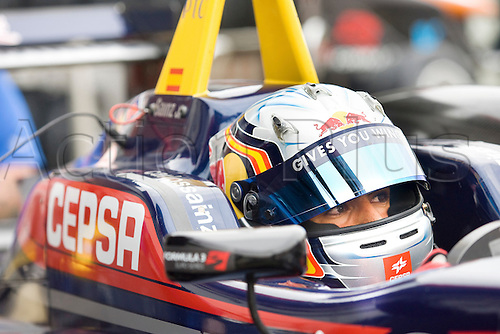 18.05.2012 Brands Hatch, England. Formula 3 Euro Series, Carlos Sainz (ESP) behind the wheel during Friday's FP1.