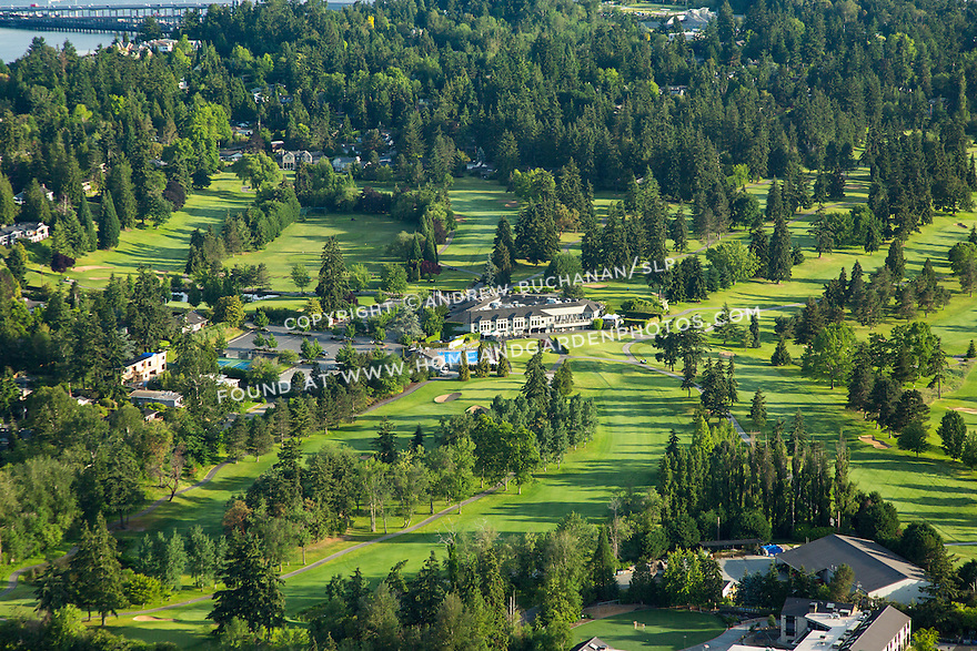 Overlake golf and country club, Medina