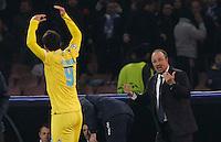 Gonzalo Higuain Rafael Benitez  durante l'incontro di calcio di Champions Leahue  Napoli Arsenal allo  Stadio San Paolo  di Napoli , 13 Dicembre  2013<br /> Foto Ciro De Luca