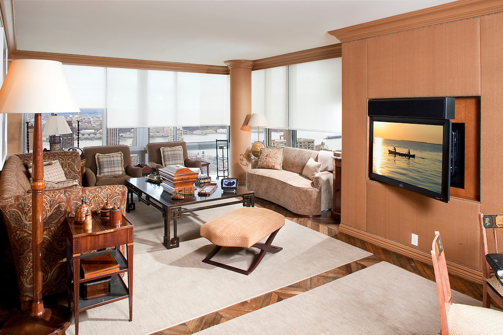 Living Room with Swivel TV and Automated Shades