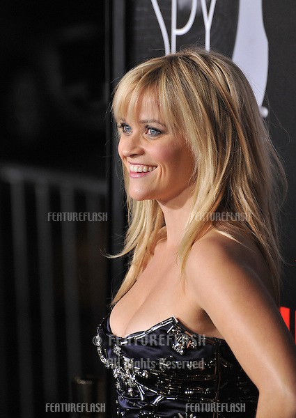 "Reese Witherspoon at the Los Angeles premiere of her new movie ""This Means War"" at Grauman's Chinese Theatre, Hollywood..February 8, 2012  Los Angeles, CA.Picture: Paul Smith / Featureflash"