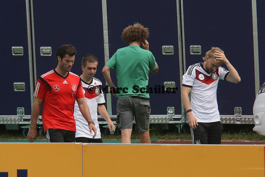 Philipp Lahm und Marcel Schmelzer - Abschlusstraining der Deutschen Nationalmannschaft gegen die U20 im Rahmen der WM-Vorbereitung in St. Martin