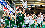 S&ouml;dert&auml;lje 2014-04-15 Basket SM-Semifinal 5 S&ouml;dert&auml;lje Kings - Uppsala Basket :  <br /> S&ouml;dert&auml;lje Kings Toni Bizaca och S&ouml;dert&auml;lje Kings Tobias Borg jublar med lagkamrater efter matchen<br /> (Foto: Kenta J&ouml;nsson) Nyckelord:  S&ouml;dert&auml;lje Kings SBBK Uppsala Basket SM Semifinal Semi T&auml;ljehallen jubel gl&auml;dje lycka glad happy