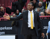 Basketball  1. Bundesliga  2016/2017  Hauptrunde  12. Spieltag  04.12.2016 Walter Tigers Tuebingen - ratiopharm Ulm Trainer Tyron McCoy (Tigers)