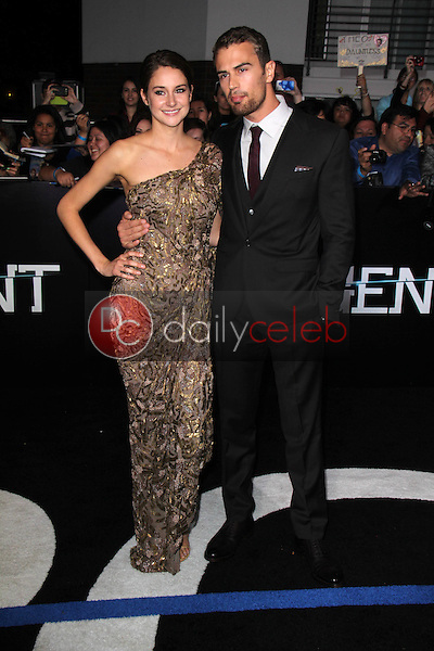 """Shailene Woodley, Theo James<br /> at the """"Divergent"""" Los Angeles Premiere, Regency Bruin Theatre, Westwood, CA 03-18-14<br /> Dave Edwards/DailyCeleb.com 818-249-4998"""