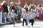 Pix: Shaun Flannery/sf-pictures.com....COPYRIGHT PICTURE>>SHAUN FLANNERY>01302-570814>>07778315553>>..20th July 2008...............Coalfields Regeneration Trust (CRT) - Street Athletics, Merrill Road, Thurnscoe..