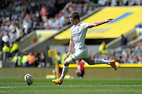 Owen Farrell of Saracens takes a conversion attempt during the Aviva Premiership Rugby Final between Bath Rugby and Saracens at Twickenham Stadium on Saturday 30th May 2015 (Photo by Rob Munro)