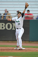 Cedar Rapids Kernels Zander Wiel (21) stretches to catch throw at first base during the game against the Clinton LumberKings at Veterans Memorial Stadium on April 15, 2016 in Cedar Rapids, Iowa.  Clinton won 11-5.  (Dennis Hubbard/Four Seam Images)
