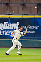 Center fielder Brooks Pinckard #16 of the Baylor Bears tracks a fly ball against the Utah Utes at Minute Maid Park on March 5, 2011 in Houston, Texas.  Photo by Brian Westerholt / Four Seam Images