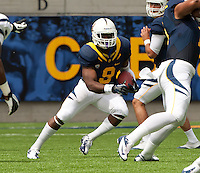September 1, 2012: California's C.J. Anderson rushes through from backfield during a game against Nevada at Memorial Stadium, Berkeley, Ca   Nevada defeated California 31 - 24