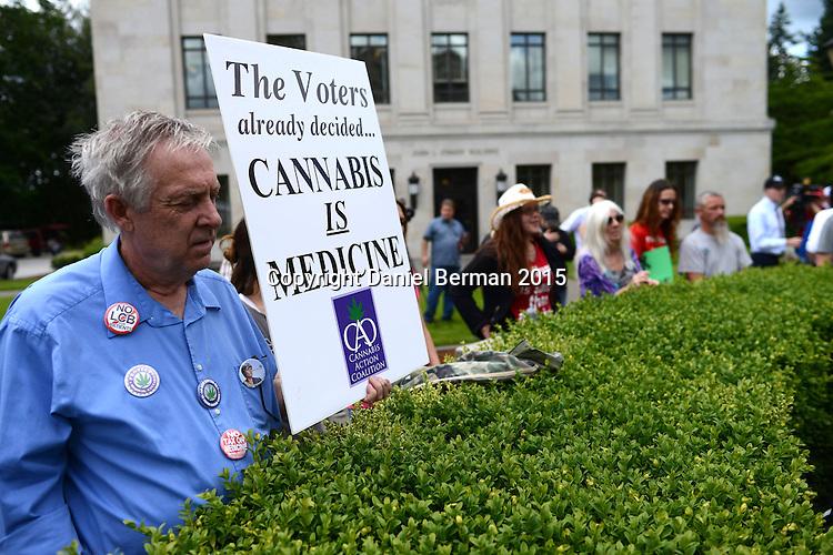 Weed pot cannabis marijuana medical strain bud nug flower patient smoking photos