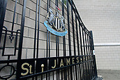 1st October 2017, St James Park, Newcastle upon Tyne, England; EPL Premier League football, Newcastle United versus Liverpool; Gates to the old St James Park with the Newcastle United crest