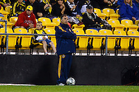 26 SEPTEMBAR 2009:  of the LA Galaxy coach Bruce Arena during the Los Angeles Galaxy at Columbus Crew MLS game in Columbus, Ohio on May 27, 2009.