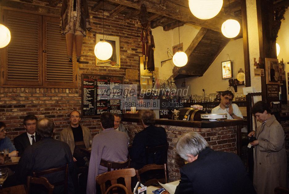 """Europe/Belgique/Région de Bruxelles-Capitale/Bruxelles : Café """"Chez Toone"""""""