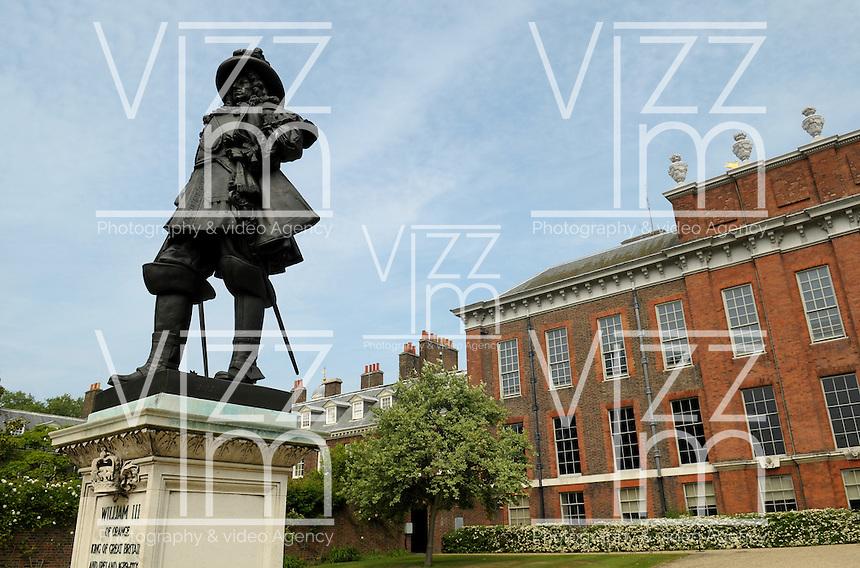 LONDON-UK- 24-05-2008. Monumento de William III  en el Royal Parks de Londres.William III  monument in the Royal Parks of London. Photo: VizzorImage
