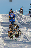 Jason Campeau on Cordova St. hill during the Anchorage start day of Iditarod 2018 on Cordova St. hill during the Anchorage start day of Iditarod 2019