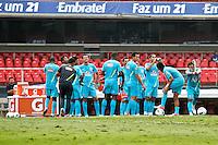 ATENÇÃO EDITOR: FOTO EMBARGADA PARA VEÍCULOS INTERNACIONAIS - SÃO PAULO,SP,06 SETEMBRO 2012 - TREINO SELEÇÃO BRASILEIRA - Jogadroes durante treino da seleção brasileira na tarde de hoje no estadio Cicero Pompeu de Toledo (Morumbi).FOTO ALE VIANNA - BRAZIL PHOTO PRESS.