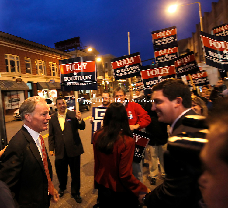 Torrington, CT- 25, October 2010-102510CM07 Republican Governor candidate Tom Foley greets supporters in downtown Torrington Monday night. Foley and Democratic challenger, Dan Malloy held a  gubernatorial debate inside the Warner Theater, which was sponsored by the Republican-American newspaper.   Christopher Massa Republican-American