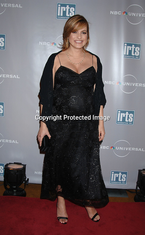 Mariska Hargitay ..at The International Radio and Television Society Foundation Gold Medal Award Dinner honoring Jeff Zucker,..CEO of NBC Universal Television Group on March 9, 2006..at The Waldorf Astoria Hotel. ..Robin Platzer, Twin Images