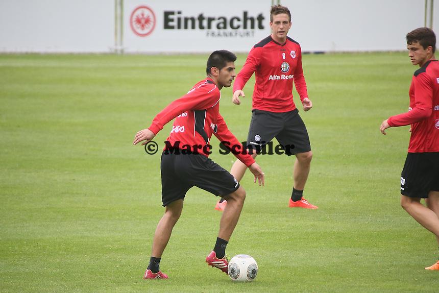 Carlos Zambrano (EIntracht) - Eintracht Frankfurt vs. Training, Commerzbank Arena
