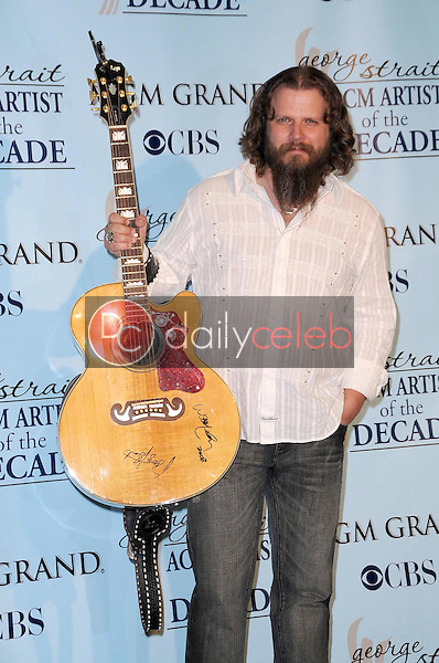 Jamey Johnson<br />in the press room at the Academy Of Country Music Awards' Artist Of The Decade. MGM Grand, Las Vegas, NV. 04-06-09<br />Dave Edwards/DailyCeleb.com 818-249-4998
