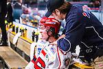 Stockholm 2014-02-24 Ishockey Hockeyallsvenskan Djurg&aring;rdens IF - S&ouml;dert&auml;lje SK :  <br /> S&ouml;dert&auml;ljes Jesper Fr&ouml;d&eacute;n har skadat sig under matchen och tittas till av S&ouml;dert&auml;ljes mass&ouml;r<br /> (Foto: Kenta J&ouml;nsson) Nyckelord:  skada skadan ont sm&auml;rta injury pain depp besviken besvikelse sorg ledsen deppig nedst&auml;md uppgiven sad disappointment disappointed dejected