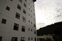 Kingsgate Hotel shoot, Wellington. 11 February 2009. Photo: Dave Lintott/lintottphoto.co.nz