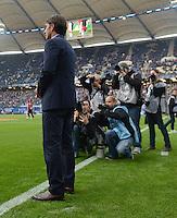 FUSSBALL   1. BUNDESLIGA    SAISON 2012/2013    8. Spieltag   Hamburger SV - VfB Stuttgart            21.10.2012 Trainer Bruno Labbadia (VfB Stuttgart) im Fokus der Fotografen