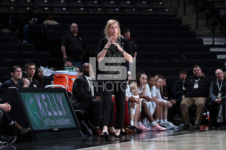 WINSTON-SALEM, NC - FEBRUARY 06: Head coach Jen Hoover of Wake Forest University calls a timeout during a game between Notre Dame and Wake Forest at Lawrence Joel Veterans Memorial Coliseum on February 06, 2020 in Winston-Salem, North Carolina.