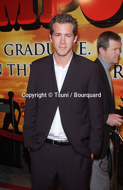 Ryan Reynolds arriving at the premiere of National Lampoon's Van Wilder at the Cinerama Dome Theatre in Los Angeles. April 1st 2002.           -            ReynoldRyan02.jpg