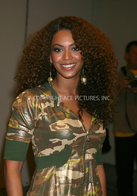 WWW.ACEPIXS.COM.............February 28 2007, New York City....Singer Beyonce, just back in New York from the Oscars, made an appearance at MTV's TRL show in Times Square.......Byline:  PHILIP VAUGHAN - ACEPIXS.COM....For information please contact:....Philip Vaughan, 2 646 769 0430..Email: info@acepixs.com..Web: www.ACEPIXS.COM