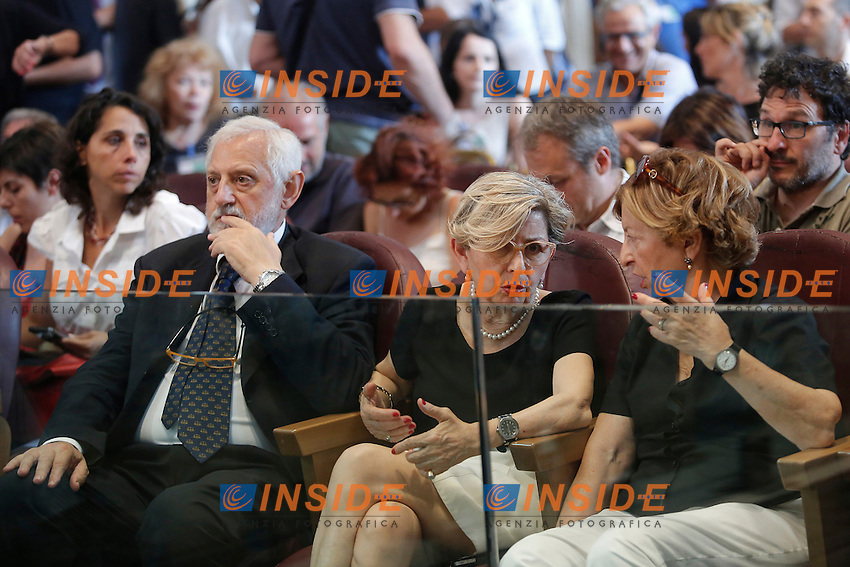 I genitori di Virginia Raggi (primi da sinistra) <br /> Roma 07-07-2016 Campidoglio, Prima riunione dell'Assemblea Capitolina presieduta dalla neo eletta sindaca di Roma<br /> Campidoglio, first session of the Capitoline Assembly with the new Mayor of Rome<br /> Photo Samantha Zucchi Insidefoto