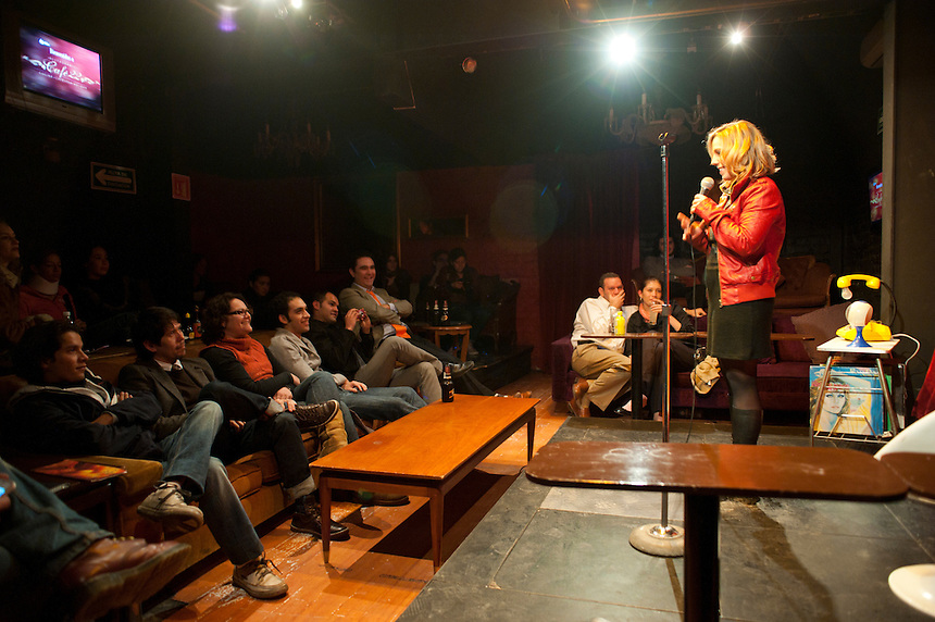 Stand up comedy in cafe 22, Colonia Condesa, Mexico DF