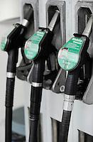 Germany, petrol station, petrol Super E10 has a share of 10% biofuel / Deutschland Hamburg, Tanksaeule mit Super E10 Kraftstoff, dem 10% Biokraftstoff beigemischt ist