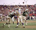 New York Jets Al Woodall (62) during a game against the New York Giants on November 1, 1970 at Shea Stadium in Flushing, New York. New York Giants beat the New York Jets  22-10.  Al Woodall  played for 5 season, all with the New York Jets and  was a 1-time Pro Bowler.(SportPics)
