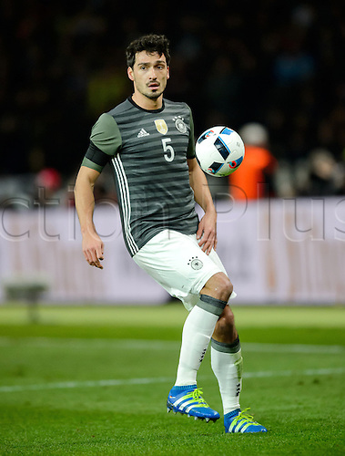 26.03.2016. Olympiastadion Berlin, Berlin, Germany.  Germany's Mats Hummels in action during the international friendly soccer match between Germany and England at the Olympiastadion