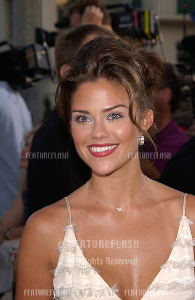 Actress SUSAN WARD at the Los Angeles premiere of American Outlaws..14AUG2001.  © Paul Smith/Featureflash